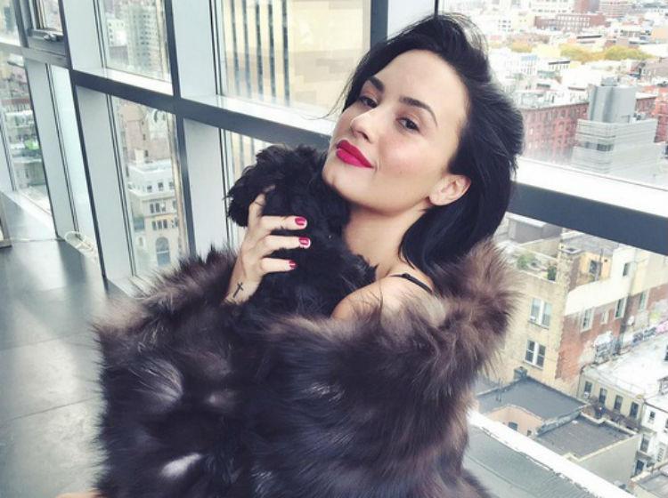 Internan de urgencia a Demi Lovato por sobredosis de heroína