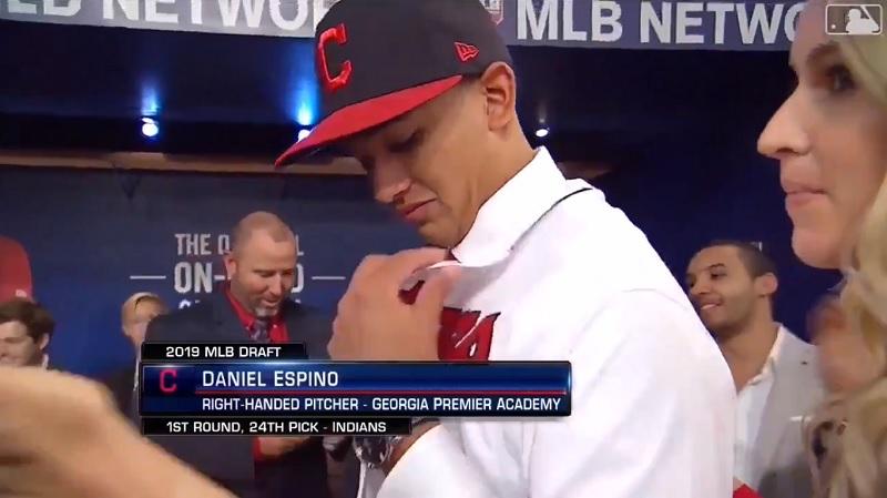 Daniel Espino hace historia en el MLB Draft con los Indios
