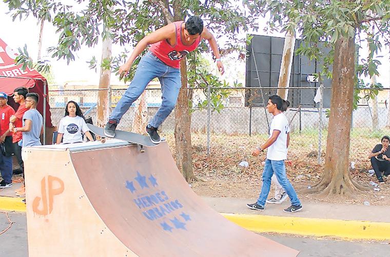 Jovenes Piden Espacio Para Practicar Deportes Extremos Critica