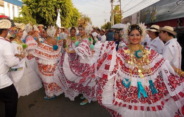 4a4104c4f5e Unas 70 delegaciones han sido confirmadas para participar en el Desfile de  las Mil Polleras