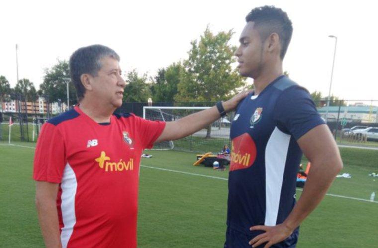 Ismael Díaz es baja en la Selección de Panamá