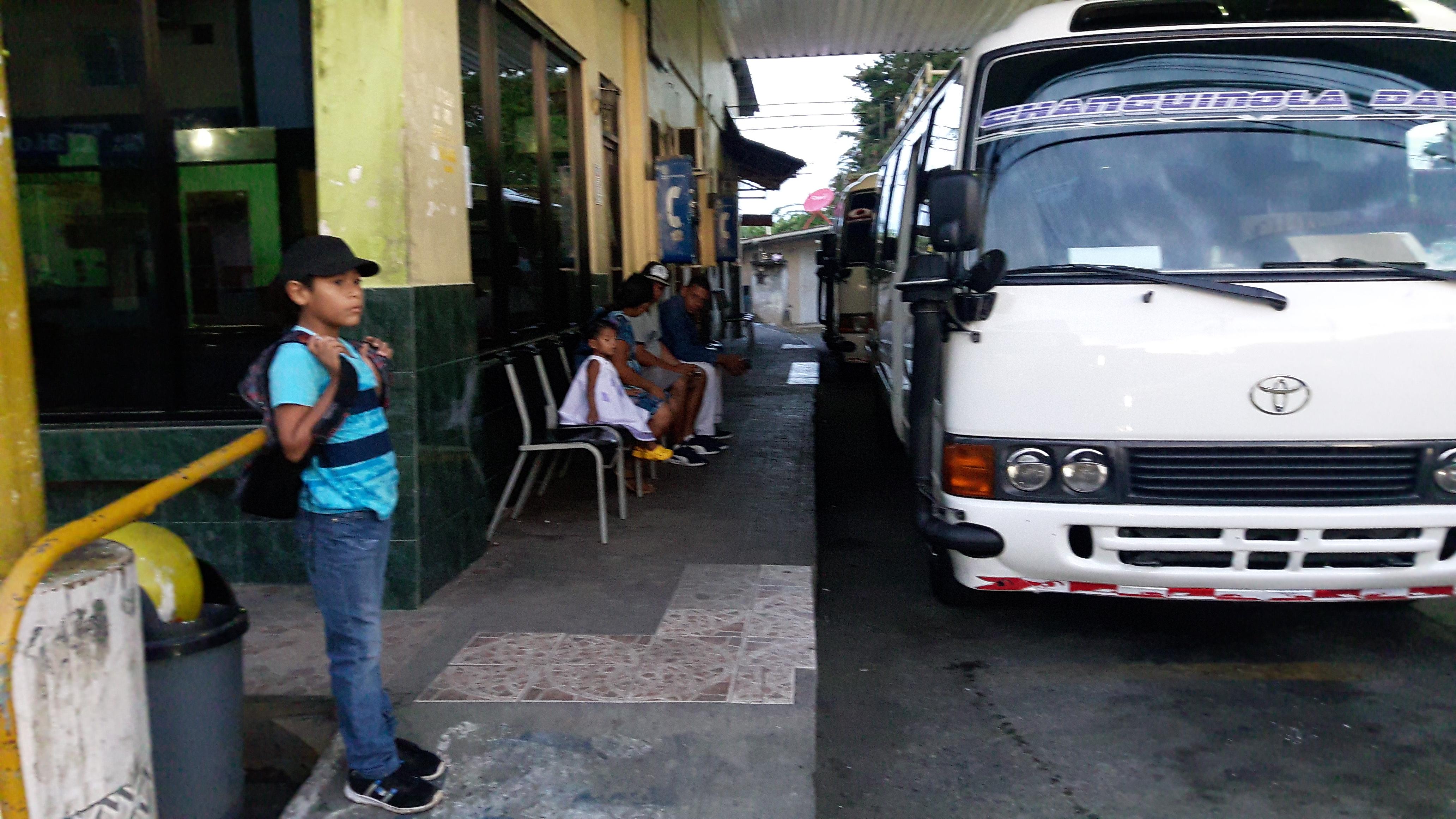 Reanudan servicio de transporte en Bocas del Toro | Critica