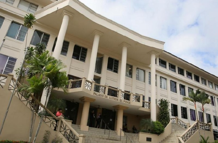 Supremo panameño levanta orden de detención contra Martinelli por indultos