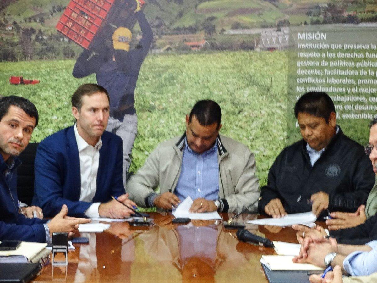 Suntracs y Minera Panamá ponen fin al conflicto laboral