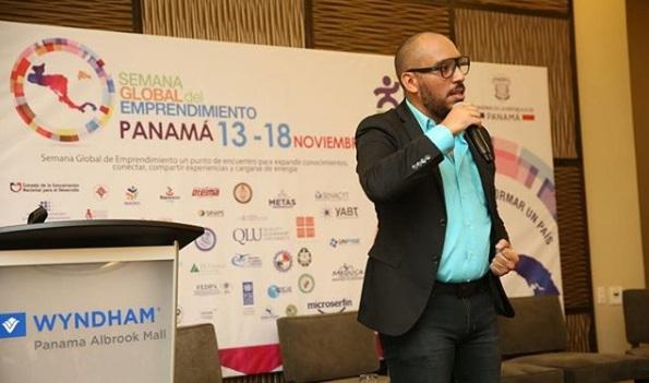 Panameños no pierden el paso