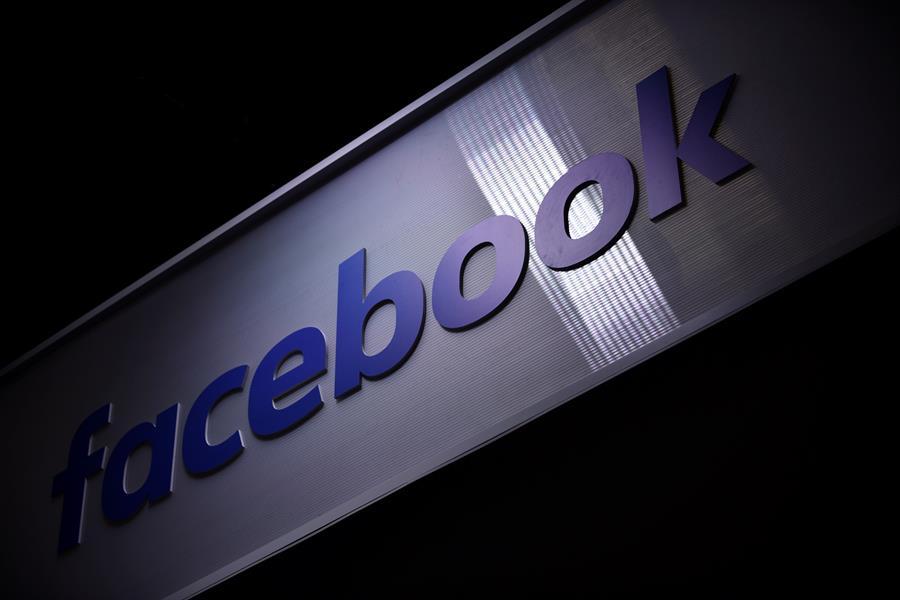 Brasil multa a Facebook por uso inapropiado de datos de usuarios