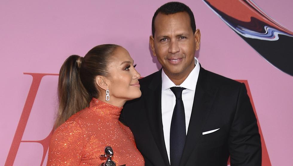 Jennifer López dice que sus dos bodas pasadas no cuentan realmente