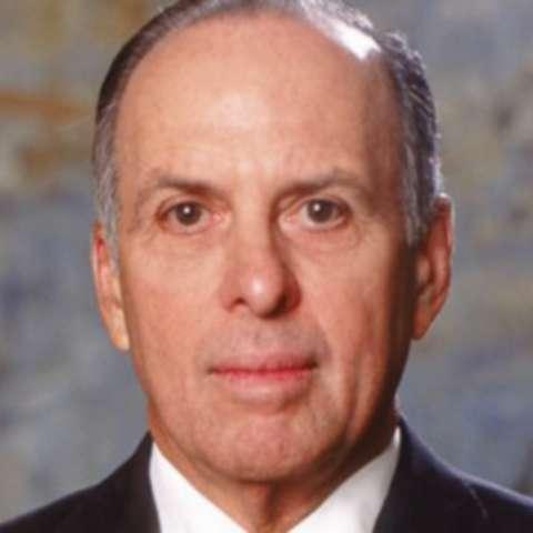Ricardo Alberto Arias.