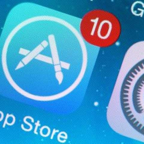Los clientes y usuarios de Apple se quejaron de la desaparición de aplicaciones.  /  Foto: @ActualidadRT